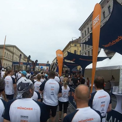 Eventschirm mit Druck bei Stadtlauf München