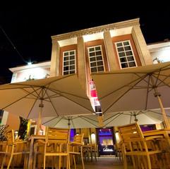 Gastroschirme Hotel bei Nacht 4x4m