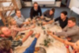 Gruppe im Schießkino Lienen