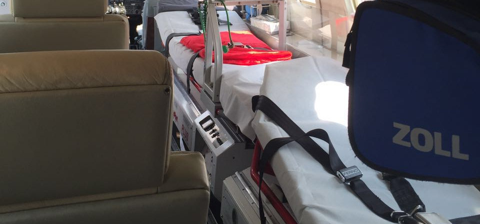 Air ambulance for 2 patients