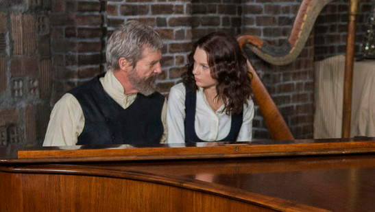 Jeff Bridges and Taylor Swift in The Giver (2014)