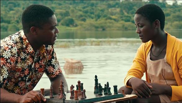 David Oyelowo and Madina Nalwanga in Queen of Katwe (2016)