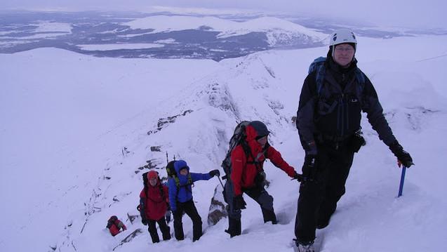 Fiachaill Ridge, Coire an t-Sneachda