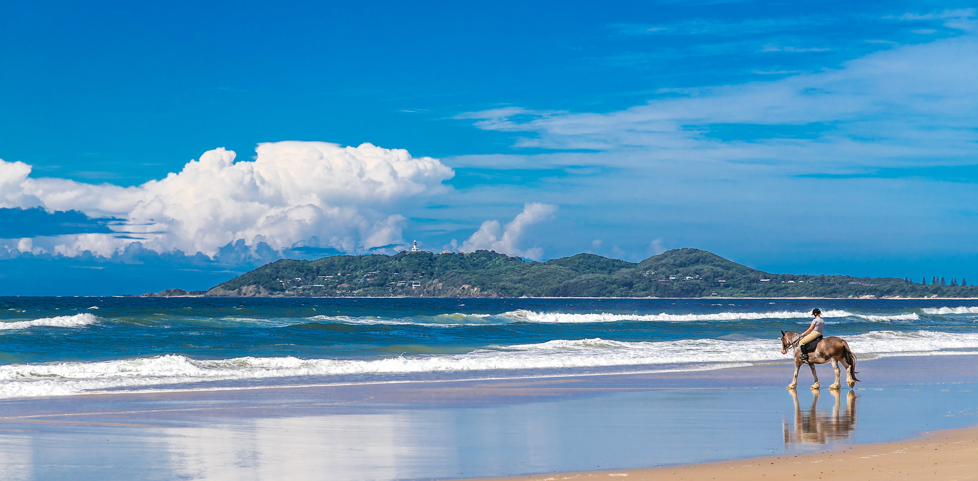 Summerhills Retreat - Palm View Villa - Byron Bay