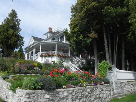 Where to stay on Mackinac Island?