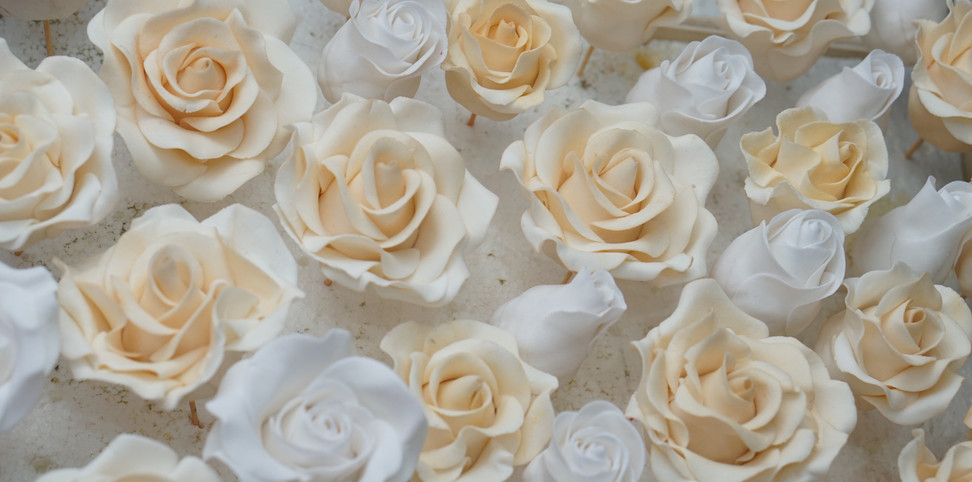 Cream sugar roses