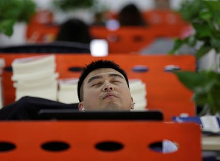 La sieste au travail : soignons notre corps et notre esprit