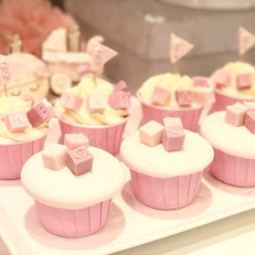 3D cartoon fondant cupcake