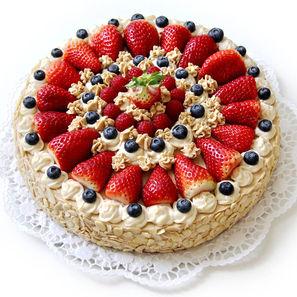 Mandlový dort s karamelovým krémem bez lepku