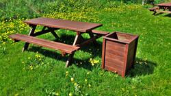 Dārza koka galds