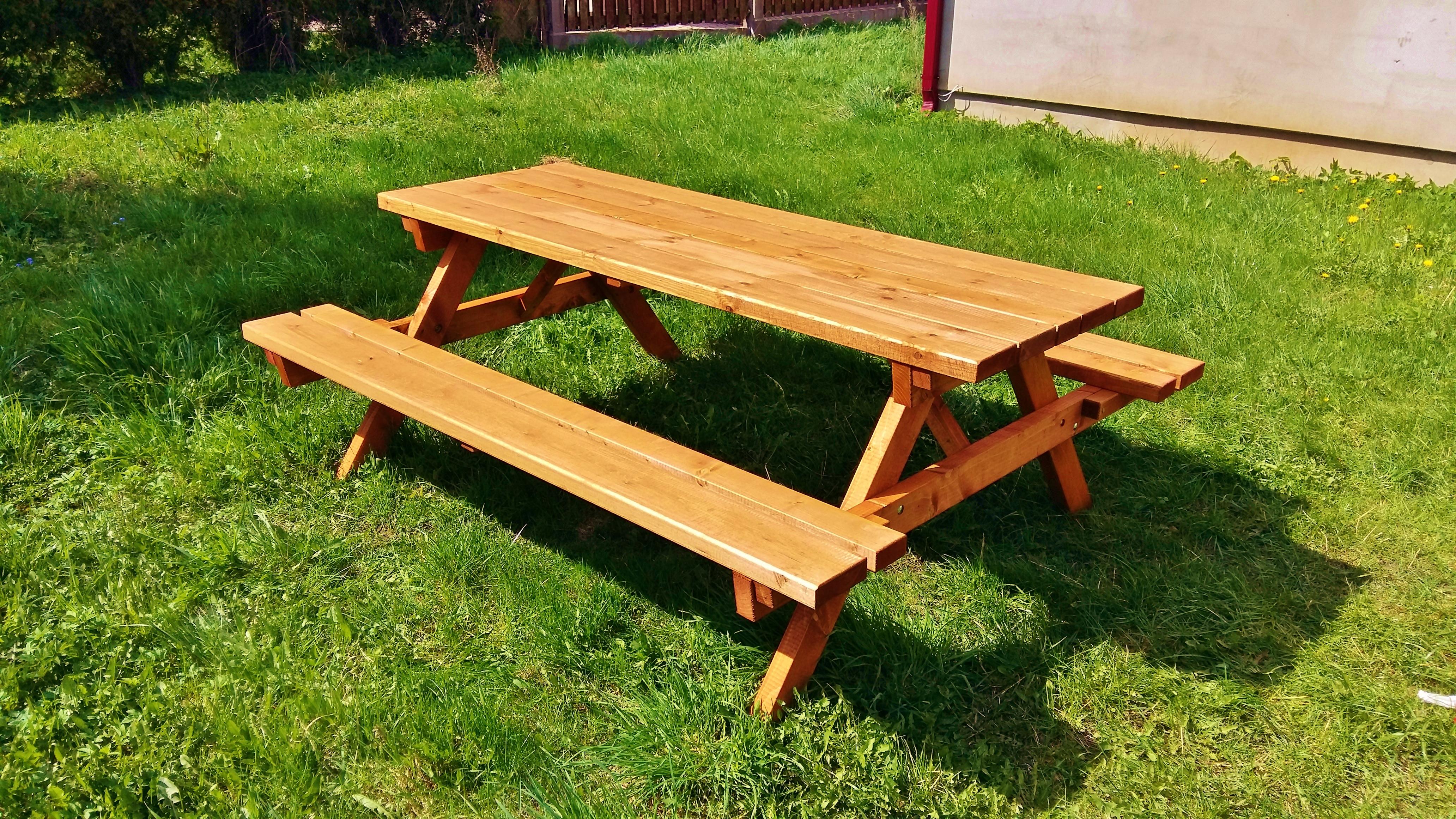 Koka piknika galds