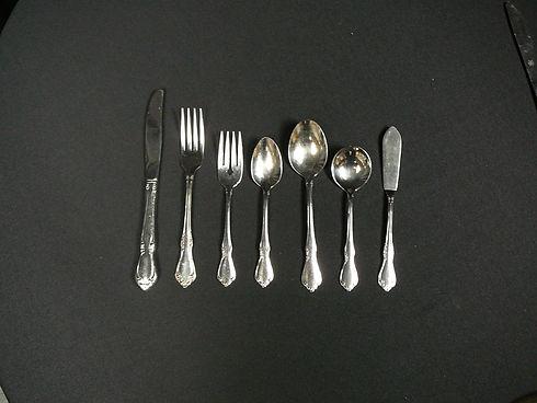 chateau cutlery 2.JPG