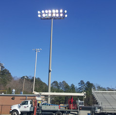 Our 85 ft. bucket truck with boom is perfect for stadium lights, setting poles and lifting air conditioners or other equipment onto roofs