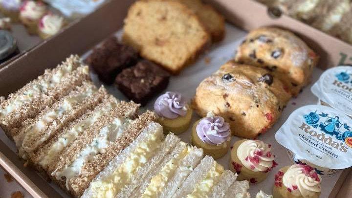 Valentines Breakfast & Afternoon Tea Package