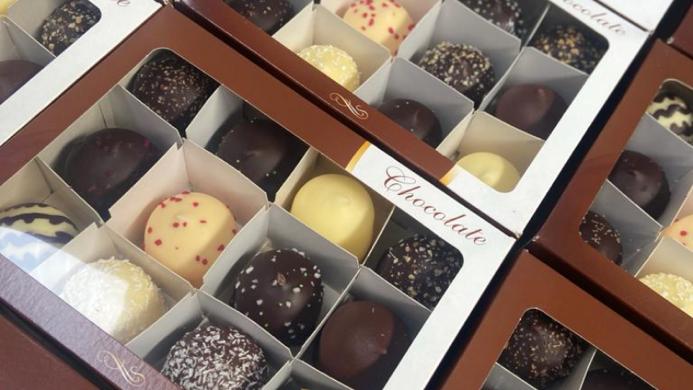 Chocolate Kiss Gift Box