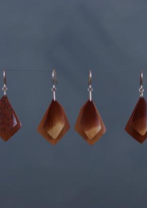 煤竹のピアス/Soot bamboo earrings