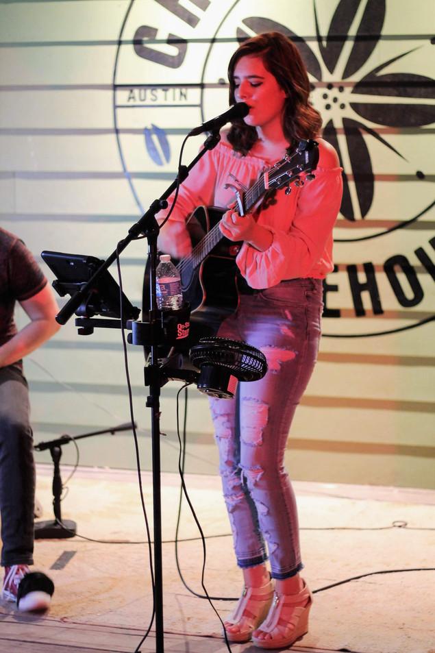 Morgan Nicole Live