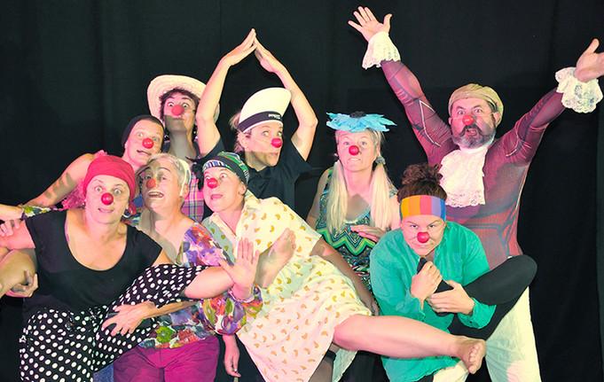 clown groupe.jpg