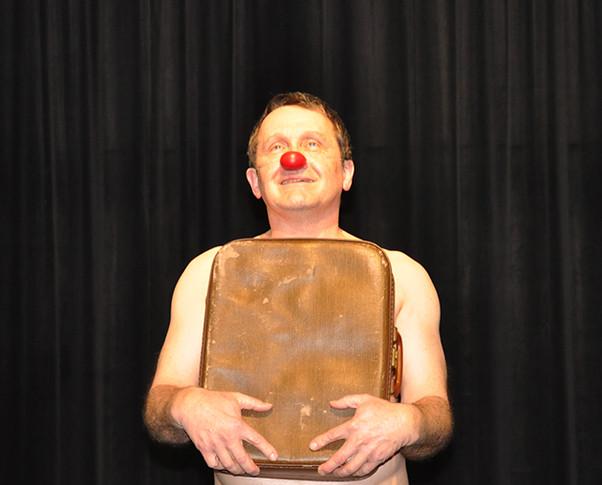 clown théâtre tours.jpg