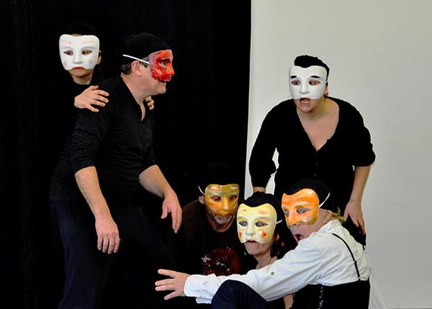 clown masque.jpg