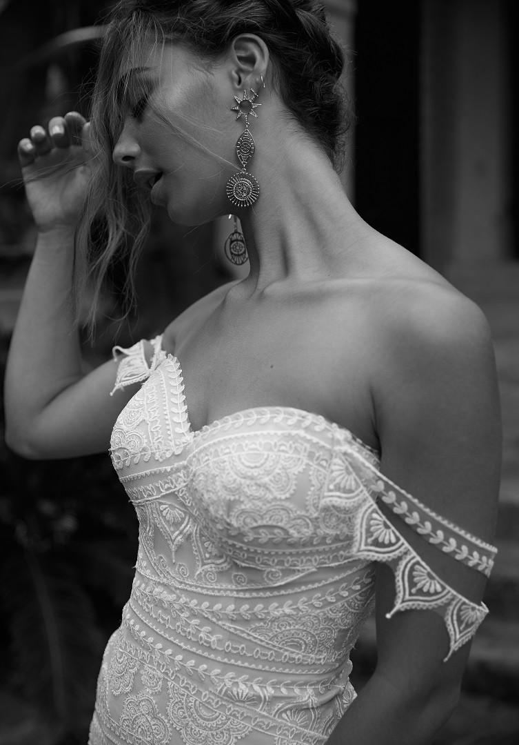 TOPAZ-CLOSE-PRETTY-WHITE-DRESS-MADI-LANE