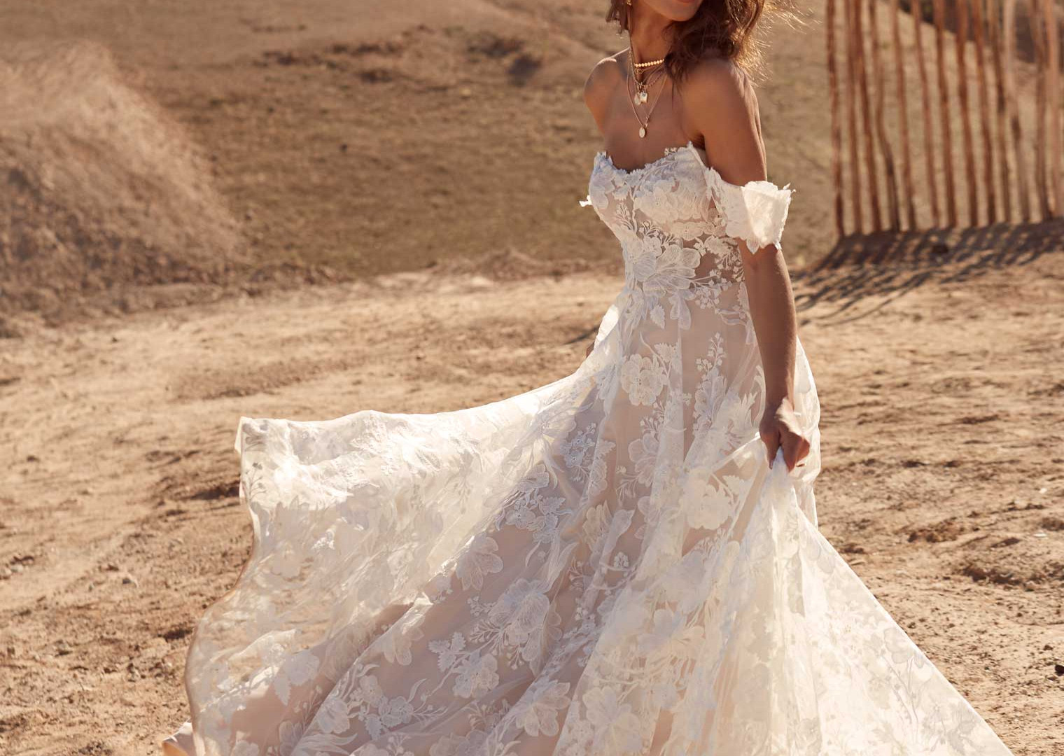 AMELIE-FRONT-LACE-PRETTY-WHITE-DRESS-MAD