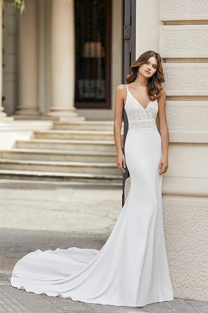 Pretty White Dress TANGO Rosa Clara Full