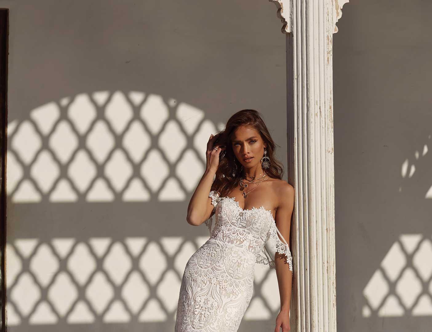 ANDIE-FRONT-FAR-PRETTY-WHITE-DRESS-MADI-