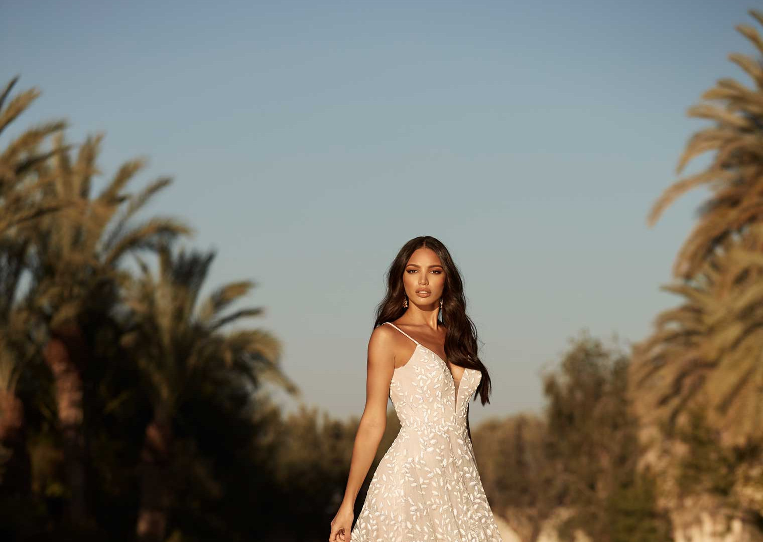 Adrian-MadiLane- Pretty-white-dress fron