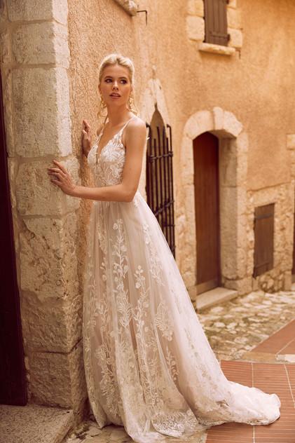 Madi Lane Harper side Pretty White Dress