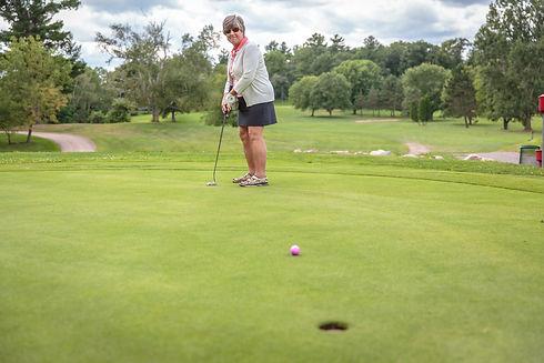 netz-james-golfing-1.jpg