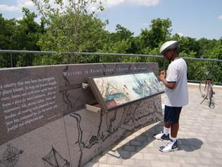 Potomac River Waterfront Park