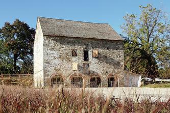 Woodlawn Stone Barn