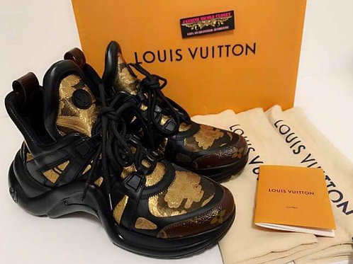 Excellent Condition Rare hard to find LV Women's Shoes ARCHLIGHT SNEAKER