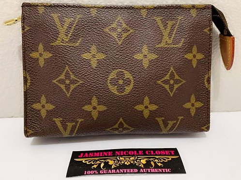 Pre Owned Rare Authentic LV Toiletry Pouch