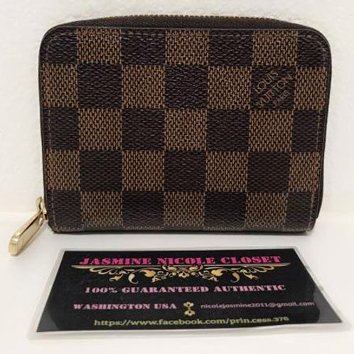 Pre Owned LV Zippy Coin Wallet ebene with CC slots