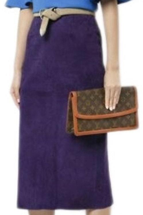 LV Dame Clutch Bag