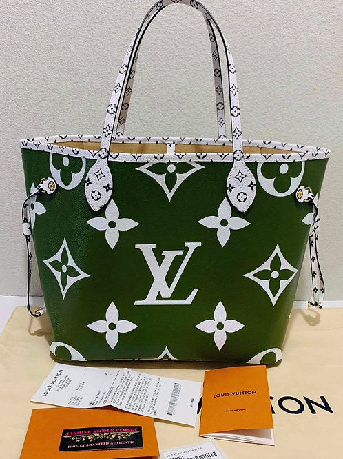 Brand New 2019 Authentic LV Neverfull MM Giant!!!