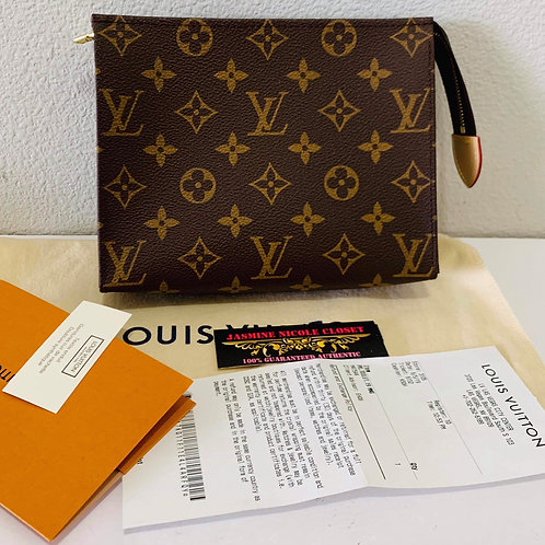 LV Toiletry 19 Pouch