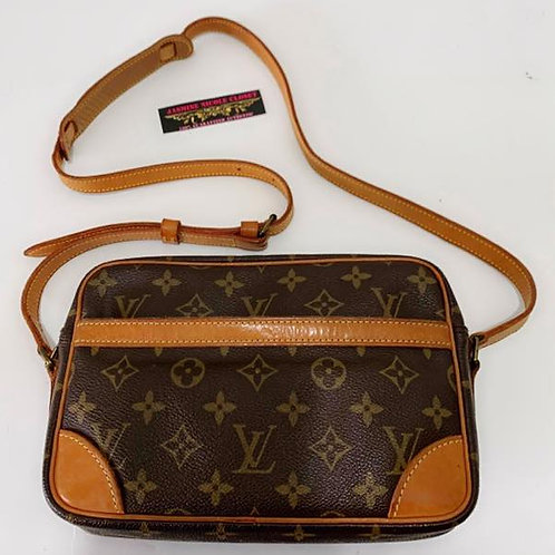 Pre Owned Authentic LV Trocadero 23 Crossbody Bag