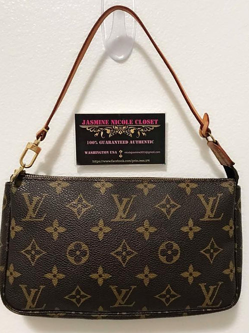 Pre Owned Authentic LV Pochette Accessories Bag