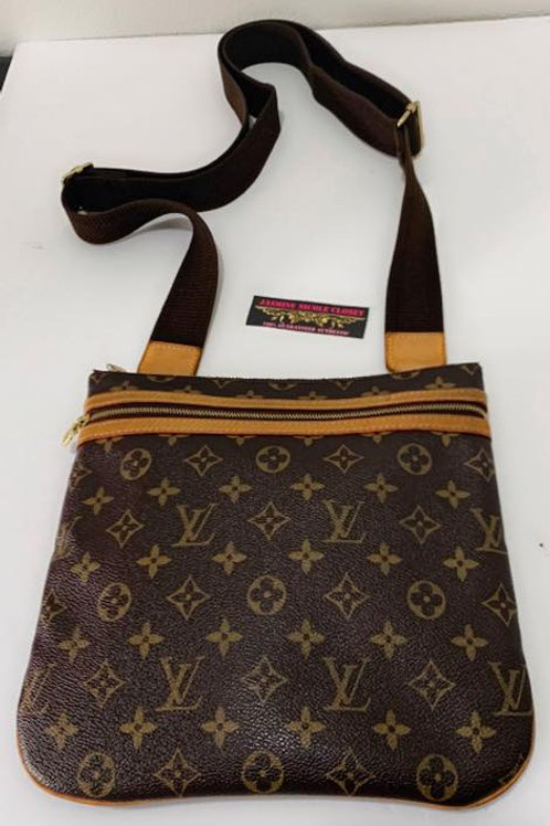 Pre Owned Rare Authentic LV Bosphore Crossbody Bag