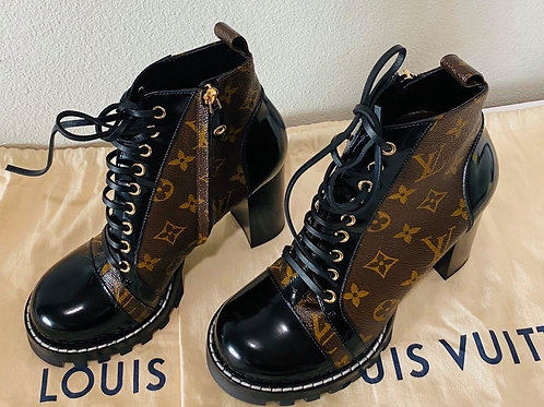 LV STAR TRAIL ANKLE BOOT size 39.5