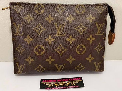 Pre Owned Rare Authentic LV Toiletry Pouch 19