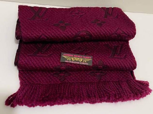 Excellent Conditio LV LOGOMANIA SCARF Purple only used twice in excellen