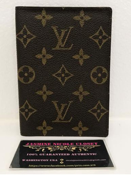 Pre Owned LV Passport Holder Mono