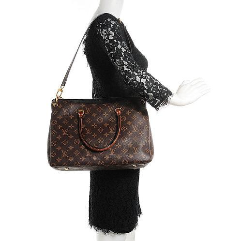 LV Pallas Noir Shoulder Bag