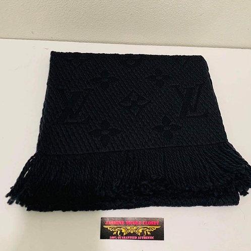 LV Logomania M72431 Scarf Black