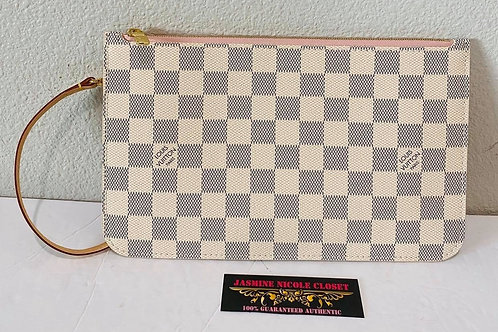 Brand New Condition Authentic Rare hard to find LV Neverfull Pouch