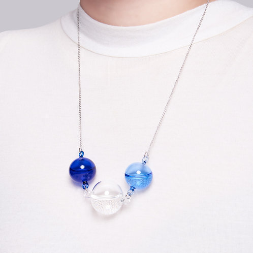 MoMA Dolce drops necklace in cobalt blue